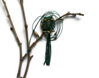Green Macrame Owl Necklace
