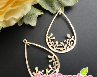 Ch-ME-02215-  Matted Gold plated, Special and Unique, Teardrop with leaves charm, 4 pcs