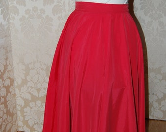 High Waisted Full Circle skirt in Red