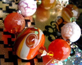 Glass Lampwork Beads. Handmade Beaded Bracelet. Agates. Jewelry Art. DARICE By OPENSTUDIO, Openstudiobeads.