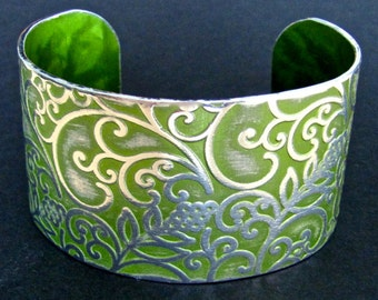 Beautiful Anodized Floral Bracelet Cuff in an Elegant Vintage Green 1-1/2 Inch Wide - Food Safe Aluminum