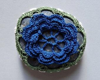Table Decorations, Flower, Crochet Lace Beach Stone, Wedding, Handmade, Home Decor, Entertaining, Art, Blue