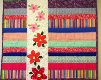 Flower Quilted Wall Hanging, Spring Flowers Quilt, Quilted Flowers, Quiltsy Handmade