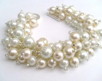 Bridal Jewelry, Pearl Wedding Jewelry, Pearl Bridesmaid Bracelet, Cluster Bracelet, Pearl Bracelet, Ivory and White Pearl Jewelry, Bride