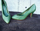 Rare vintage turquoise green boho leather heels size 6 Brazil