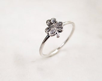 Shamrock ring, Sterling silver, 3 leaf clover, stacking, Nature inspired jewelry