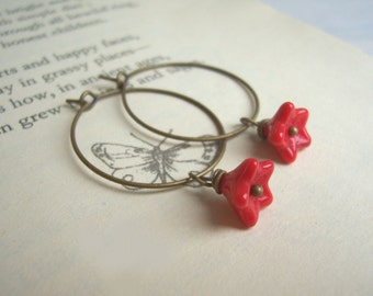 SALE Little Red Flower hoop earrings - Anemone - glass beads on bronze - handmade