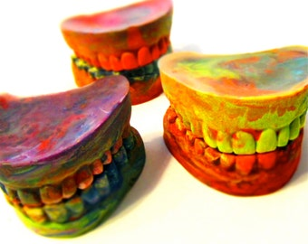 Teeth CRAYONS - Recycled Rainbow Crayons - Jumbo Teeth Rainbow Crayon Set