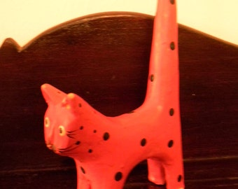 Vintage Folk Art Cat .