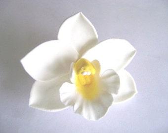 Wedding White Orchid Hair Clip. Handmade Clay Bridal/Bridesmaid hair Accessories. White Cymbidium Orchid Hair Clip