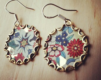 SKYLARK Tea Tin Floral Earrings