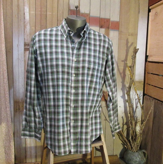Plaid vintage Shirt Gray Green navy blue buttondown classic M L