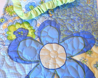 Pretty Flowers Quilt, Pillow and Tote Bag for Dolly and Mama