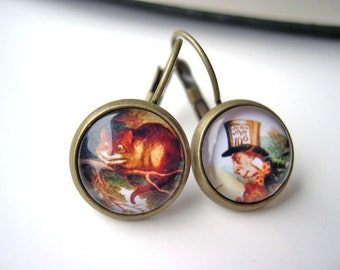 Alice in Wonderland Cheshire Cat Mad Hatter  earrings sweet lolita feminine leverback
