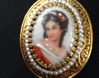 Vintage Hand Painted Gold Filled Cameo Pin Brooch  or Pendant