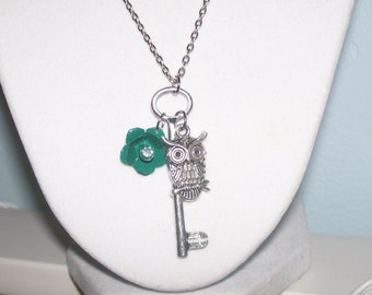 Owl Trinket Necklace in Antique Silver with a Green Flower
