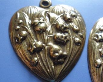 Vintage Brass Heart (1) Lily of the Valley Flower Brass Heart Charm