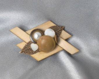 Up-cycled wooden & button brooch