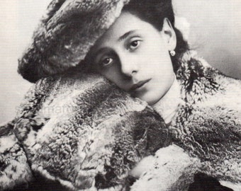Anna Pavlova Russian Ballerina in Furs Portrait Edwardian Black & White Classic Print To Frame