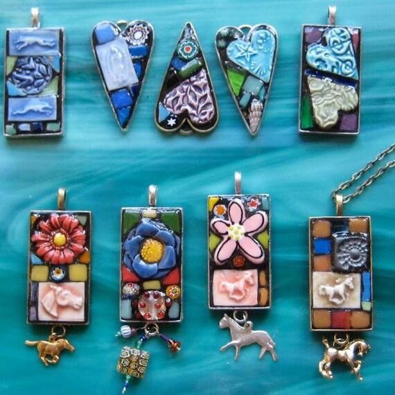 https://www.etsy.com/it/listing/121905995/mosaico-flower-power-ciondolo-o?ref=shop_home_active_8