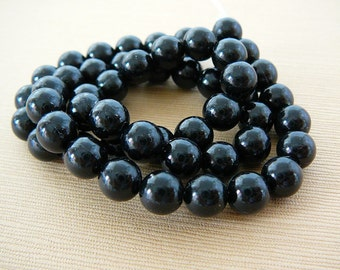 Vintage .. Beads, midnight black, 8mm Faux Pearl