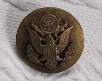 US ARMY  . Insignia   . insignia Hat Pin .  1960s .  Army Pin