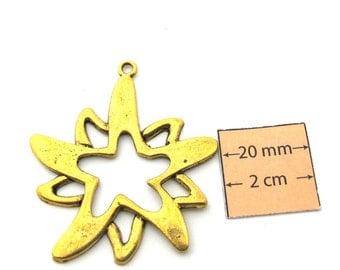 Antiqued gold metal 50mm x 40mm  flower pendant, 1091-35