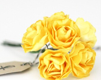 18 Yellow paper flowers