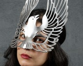 Raven leather mask in Silver