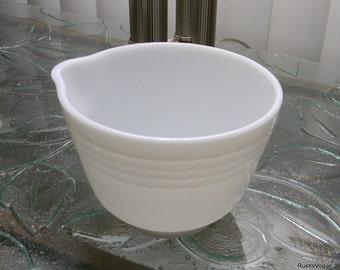 Vintage Hamilton Beach Pyrex Small Mixing Bowl