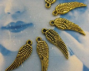 Angel Wing Charms in Antique Brass Patina 365GOL  x10