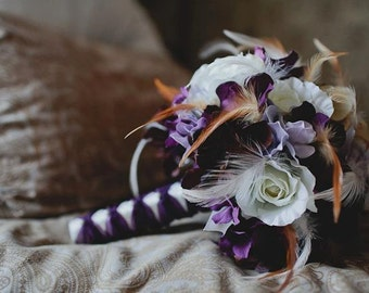 MARITIME MEMORIES Wedding Bouquet With Feather Accents