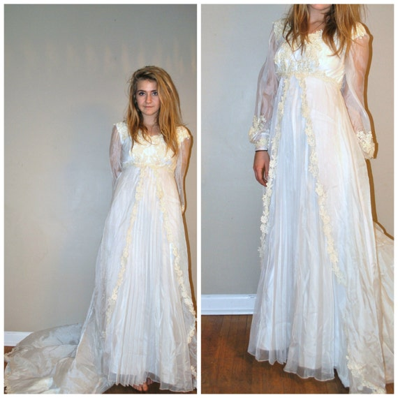 Boho Vintage Wedding Dress Vintage 1960s Lace By OFTNvintage