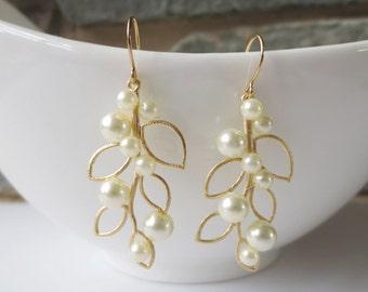 Romantic Wedding, Rustic Wedding, Statement, Bridesmaid Gift, Dangle Earrings, leaf Drop, Wedding Jewelry,Bride earrings,bridesmaid earrings