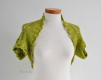 Crochet shrug bolero, Pistachio green, lace,  I982