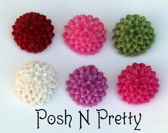 TEN Mini Carnation  Bloom Resin Cabochons - 15mm
