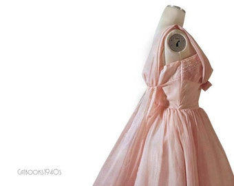 Vintage 50s Pink Shelf Bust Cupcake Dress - Pink 50's Full Skirt Dress S