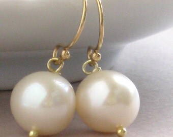 Pearl Drop Earrings Gold fill Round White Pearls Simple Pearl Earrings June Birthday Bridesmaid Jewelry Classic Pearls Pearl Drop Earrings