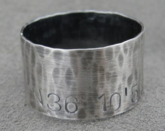 Coordinate Ring- Wide Stamped Ring