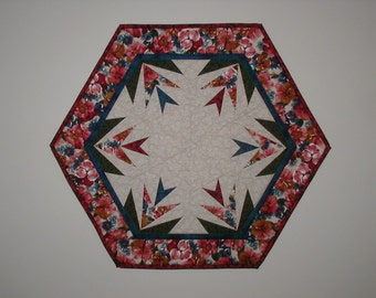 Quilted Table Topper - Star Flower (EDTTJ)