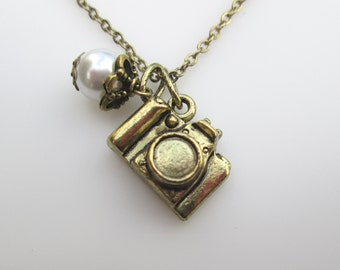 Camera Necklace, Camera Charm Necklace, Vintage Style Camera Necklace in Antique Gold Finish