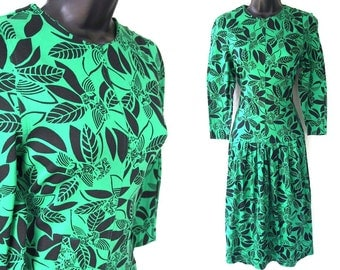 80s Green with Black Floral Print Dress XS S