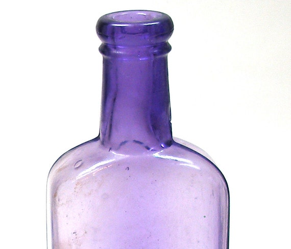 1930s Purple Glass Bottle For Liquid Veneer Household Cleaner