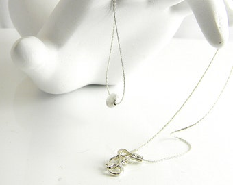 "Exquisite Simplicity Understated Chic 16"" Sterling Delicate Silver Lentil Necklace."