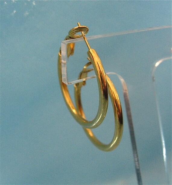 Vintage Gold Hoop Earrings
