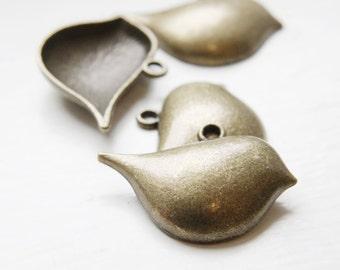 6pcs Antique Brass Tone Base Metal Charm - Pendant - Bird 39x28mm (5790Y-F-460)