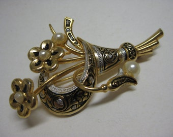Flower Damascene Brooch Gold Pearl Vintage Pin