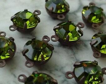 LOT Vintage Olivine Swarovski Crystal Rhinestone 29ss 6mm Round Connector Settings Oxidized Dark Brown Black Bronze Natural Patina Brass 4E