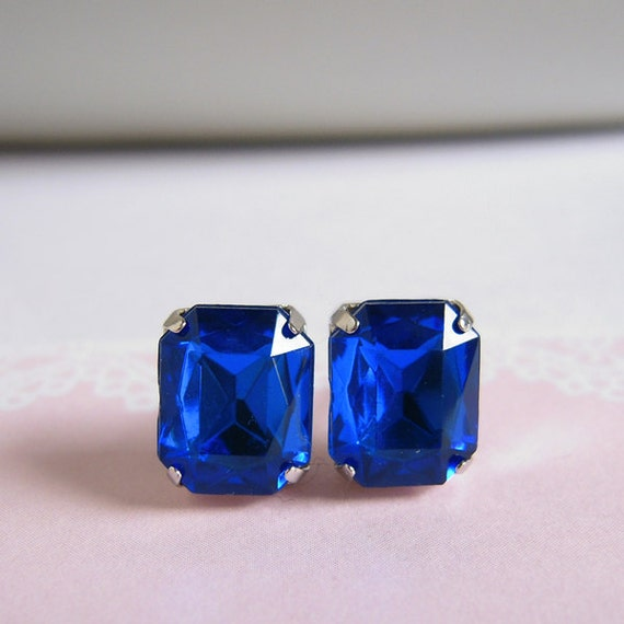 Old Hollywood Style Stud Earrings - Faux Gems - Sapphire