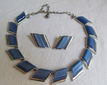 Blue Moonglow Thermoset Necklace Earring Set
